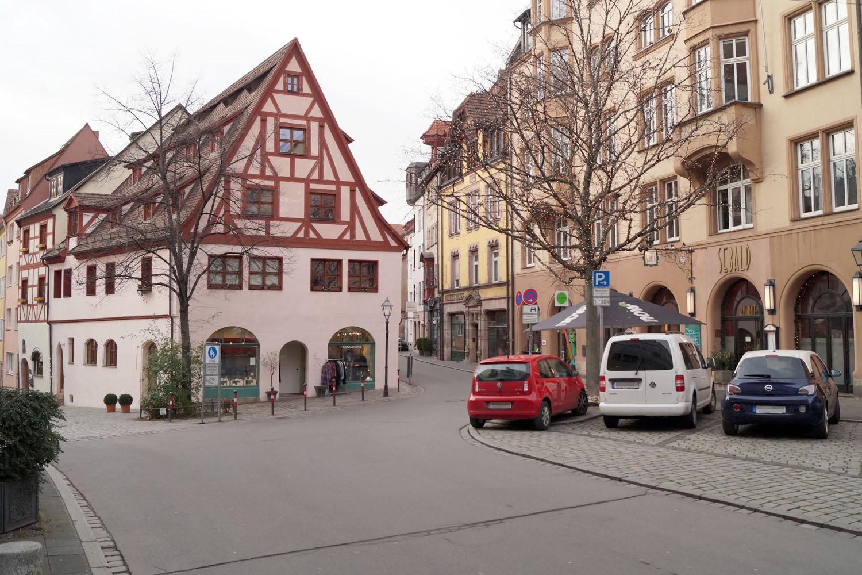 Blick in die Irrerstraße Nürnberg vom Weinmarkt aus.
