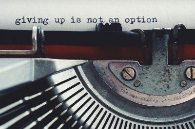 Schreibmaschine mit getipptem Brief